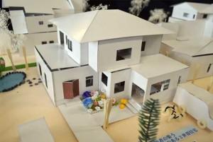 工房のある工芸品店併用住宅